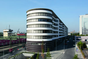 Zentrales Verwaltungs- und Werkstattgebäude in Frankfurt | Copyright: Michael Otto / Studio M8 GmbH