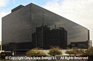 Die Photovoltaik-Gläser im Einsatz | Quelle: Onyx Solar Energy S.L.