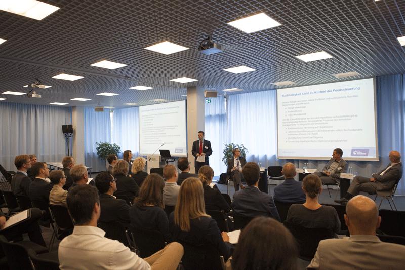 Hermann Horster, DGNB Vizepräsident, bei der Impuls Session 2015 zum Thema New Workspace – mehr Qualität im Berufsalltag? Wie sieht die nachhaltige Büroimmobilie der Zukunft aus?