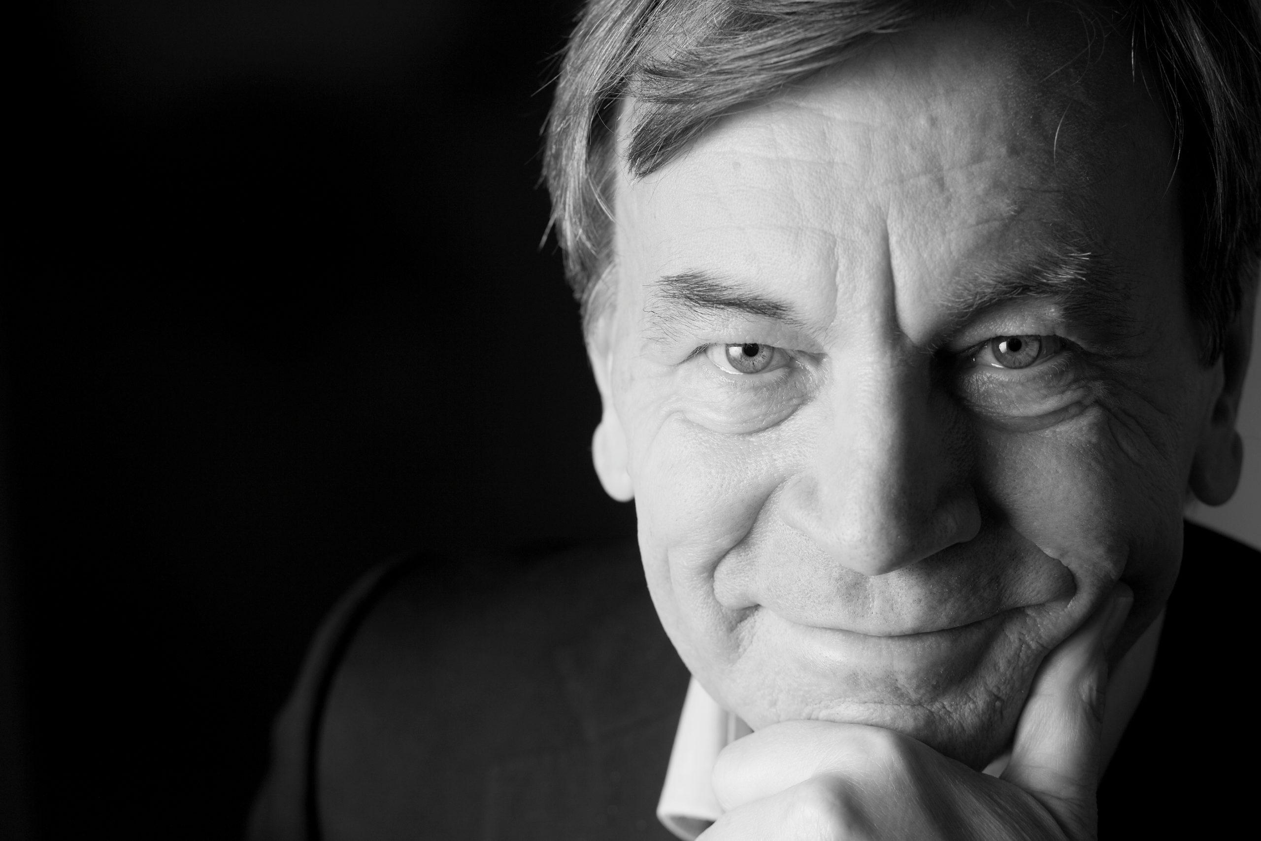 Prof. Manfred Hegger
