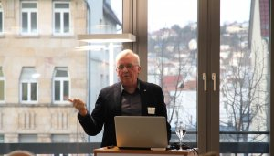 Prof. Winfried Heusler von Schüc beim DGNB Diskurs zum Thema Tageslicht